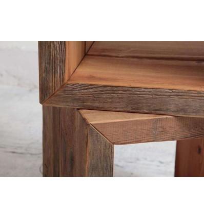 drewniana-szafka-kubik-ze-starego-drewna-oryginalna-krawędź