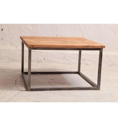 stolik-industrialny-kawowy-ze-starego-drewna-i-profili-z-odzysku