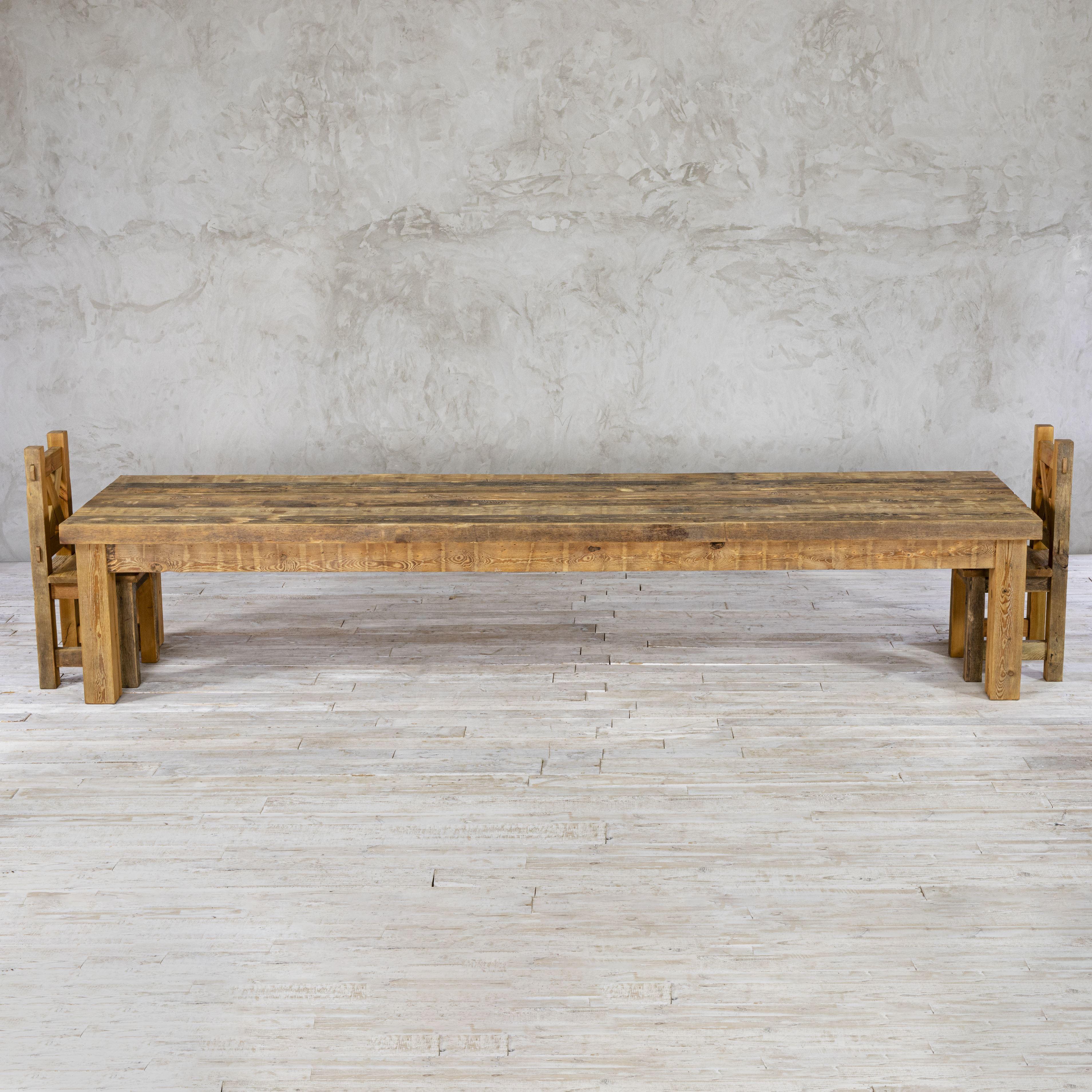 Stół drewniany - zachowana stara powierzchnia No. 268