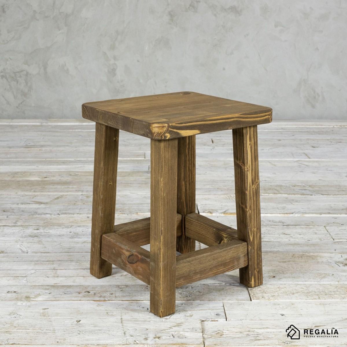 Krzesełko z rdzenia starych belek No. 418 - dąb antyczny
