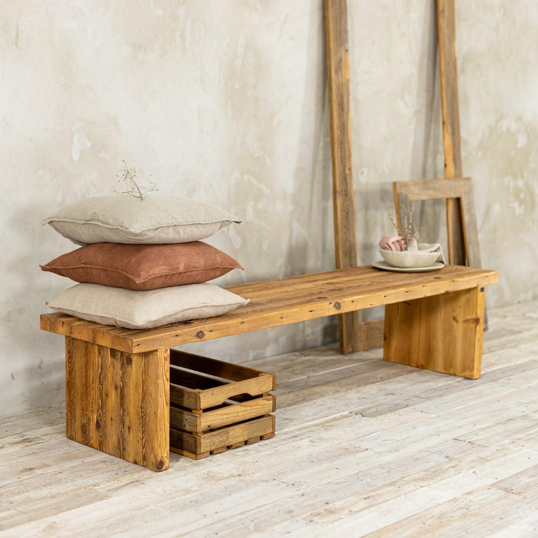 Ławka ze starego drewna No. 396